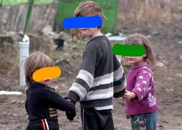 """თვეში 30 ლარი ერთ ბავშვზე - საქართველოში 83 065 მოზარდს """"კვების ბარათზე"""" 30 ლარს ურიცხავენ"""