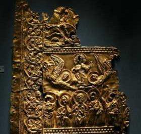 ქართული ეკლესიებიდან ნაძარცვი საგანძური ერმიტაჟში გამოფინეს