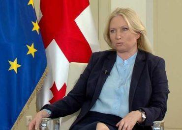 """""""ახალ დირექტორს ერთი თვისება აქვს, მაგრამ არ ვიტყვი ჯერ""""  - მინისტრი თურნავა"""