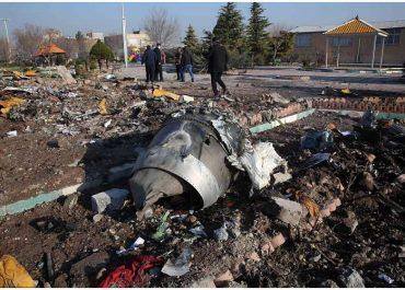 თვითმფრინავის ჩამოგდებისას დაღუპული უკრაინელების ცხედრები კიევს გადასცეს