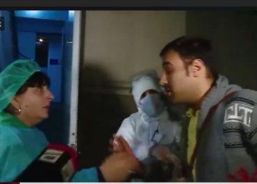 """(ვიდეო) - ირანის მოქალაქე, რომელიც """"ვერ არის კარგად"""" - ჟურნალისტებს ინტერვიუს აძლევს"""