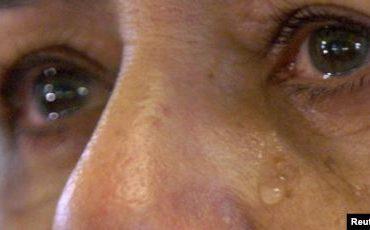 """""""პურს იყო მიშტერებული, უყურებდა და... ტიროდა, უძლურებას და შიმშილს ტიროდა..."""""""