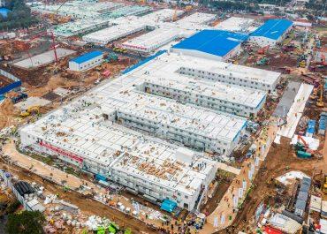 როგორ გამოიყურება უხანში 10 დღეში აშენებული საავადმყოფო