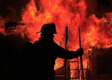ქმარმა სახლს, სადაც მისი ცოლ-შვილი იყო, ცეცხლი წაუკიდა და დატოვა
