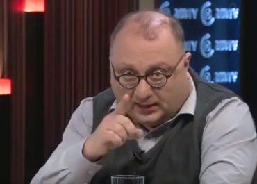 """""""ვახო სანაია გახლდათ მიშას ხელის ჟურნალისტი – ეს ახლაა რომ თავმომწონედ იძახის """"ჩემი პროფესია კითხვების დასმააო"""""""