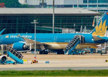 ტურისტი თვითმფრინავის ტრაპიდან გადავარდა და გარდაიცვალა