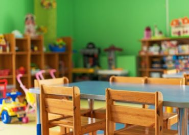 ოზურგეთის მუნიციპალიტეტში საბავშვო ბაღებში აღსაზრდელთა მოწამვლის ფაქტთან დაკავშირებით სასწავლო პროცესი შეწყდა