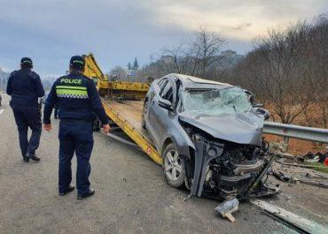 საზარელი ავარია ქობულეთში, 4 მანქანა ერთმანეთს შეეჯახა